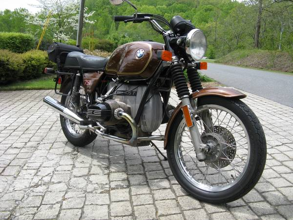 BMW R75 - Front