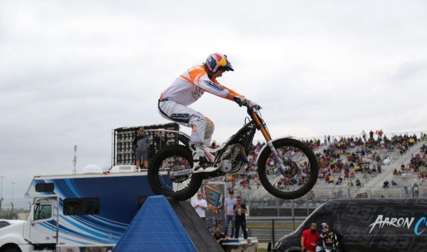Bike-urious MotoGP Austin - Geoff Aaron Pyramid Wheelie