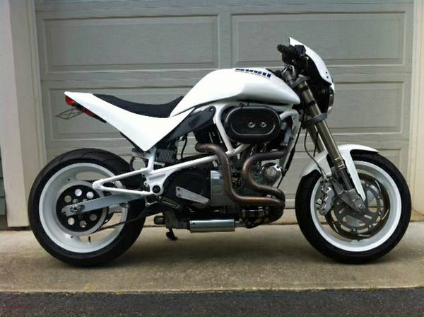 Buell White Lightning - Right Side