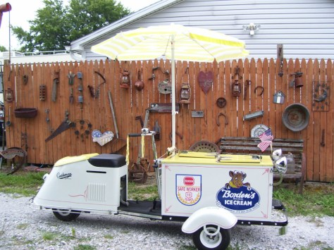 Cushman Ice Cream Scooter - Right Side
