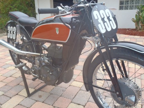 DKW SS 250 - Right Side Tank