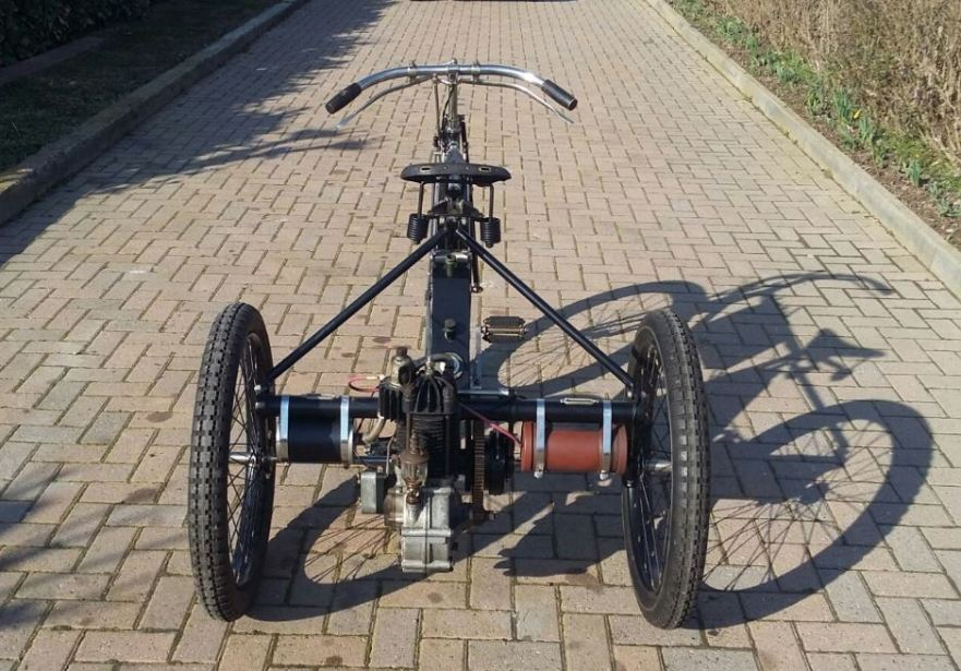 de-dion-bouton-tricycle-rear