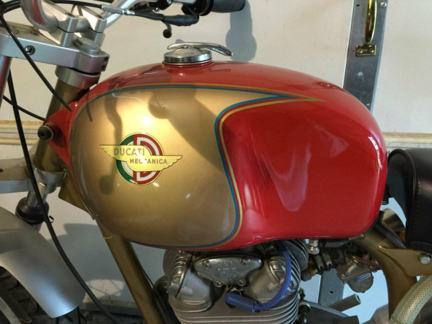 Ducati 250 Custom - Tank