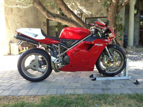 Ducati 916 SPS - Right Side