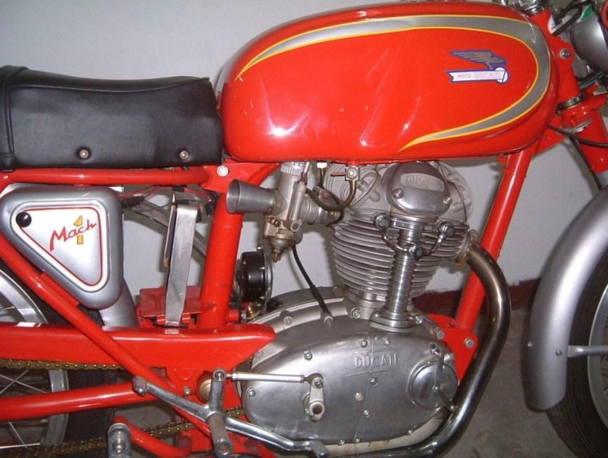 Ducati Mach 1 - Engine