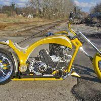 Unexpected Chopper - 2000 Ducati Monster 900