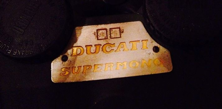 Ducati Supermono - Plaque