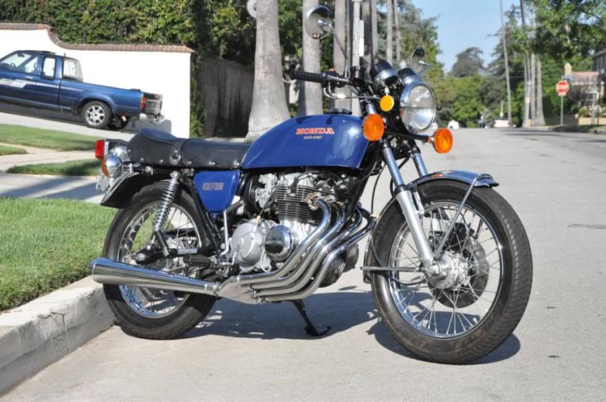 Honda CB400F - Front Right