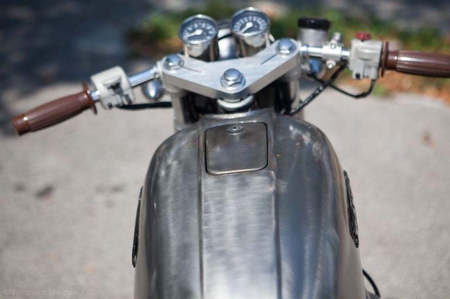 Honda CB750 Custom - Tank