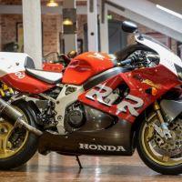 In England - 1999 Honda CBR900RR Evolution TT100 Fireblade