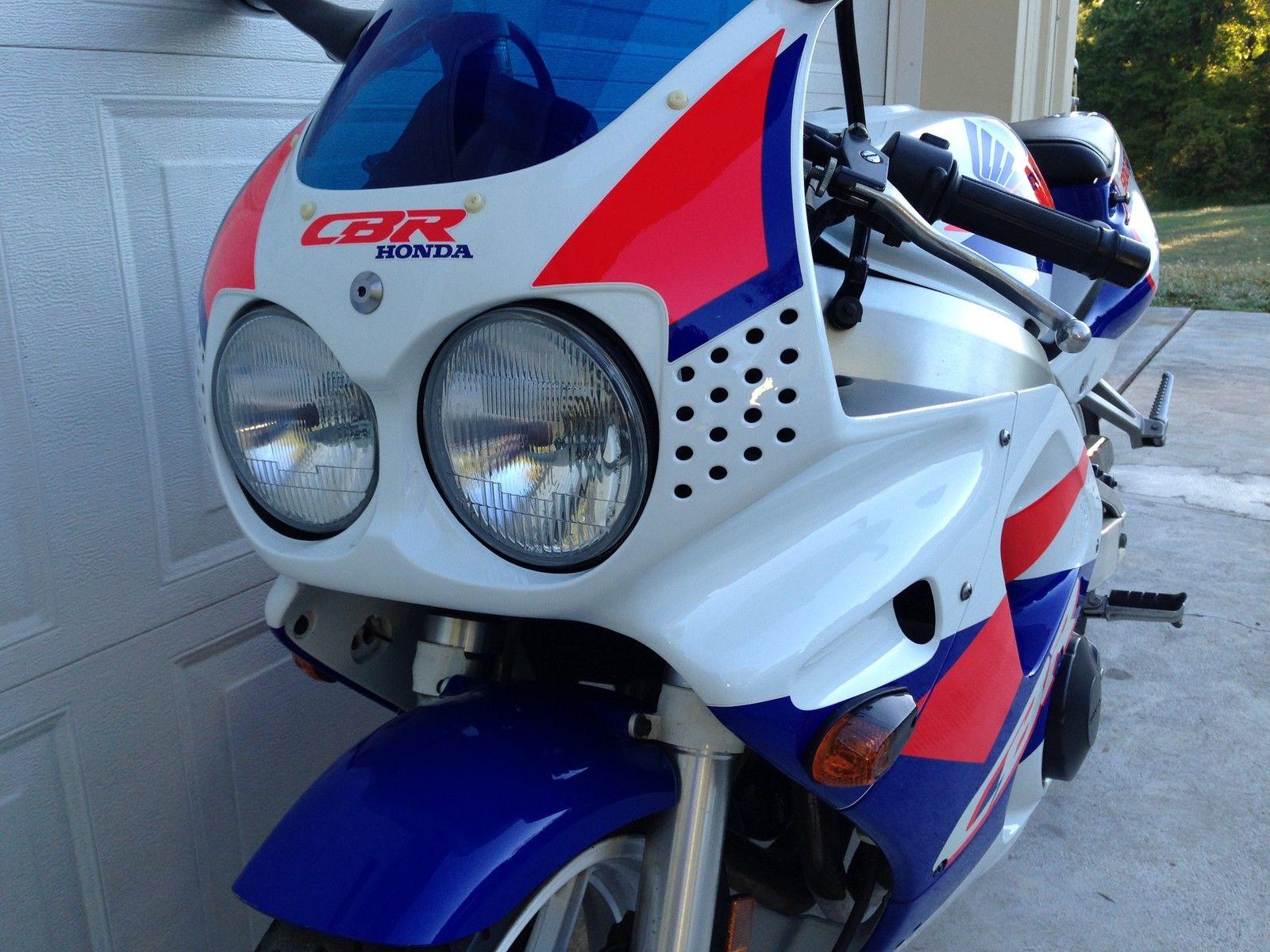 140 1993 Honda Cbr900rr Bike Urious Cbr Headlight T Shirt Front