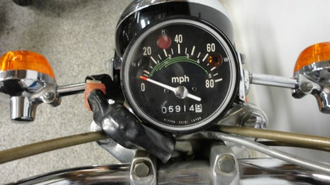 Honda CL100 Suitcase Cycle - Cockpit