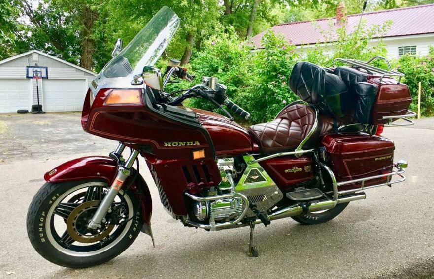 1982 honda goldwing gl1100 interstate