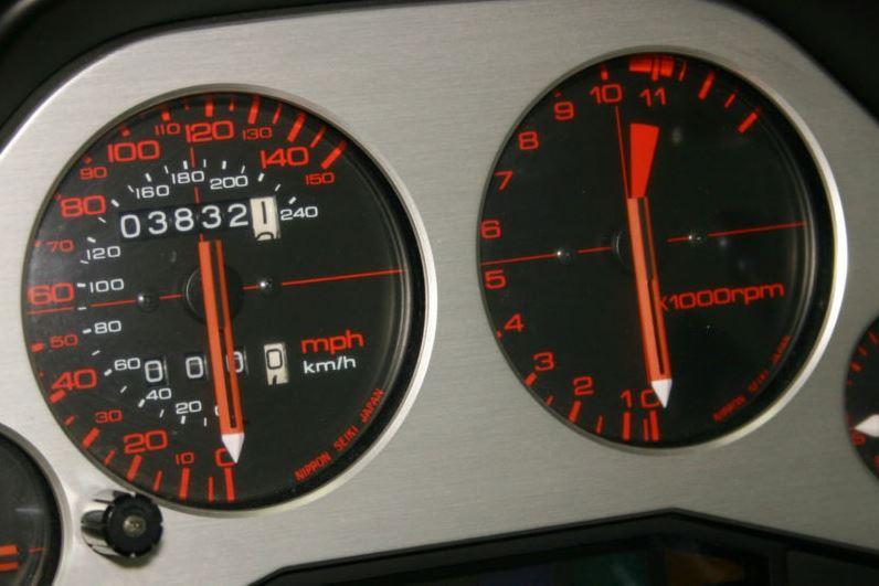 Honda Interceptor VFR750F - Gauges