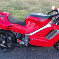 "$100k Honda - 1992 Honda ""NR750"""