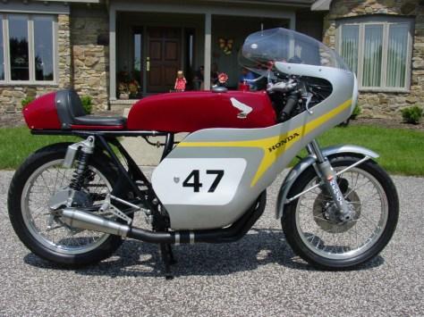 Honda RC166 Replica - Right Side