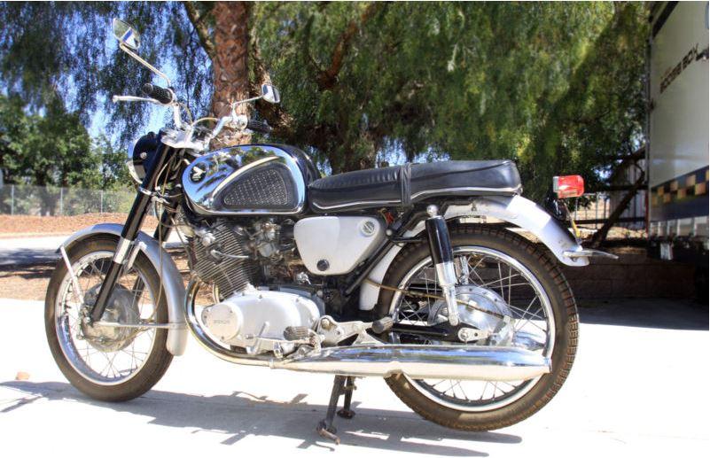 Honda Superhawk CB77 - 1