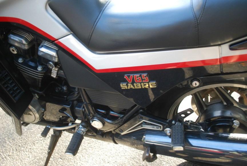 Honda V65 Sabre - Sidecover