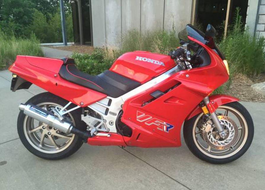 Rc36 1991 Honda Vfr750f Bike Urious