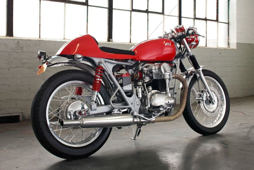 2000 Kawasaki W650 Cafe Racer – Bike-urious