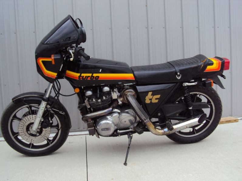 Kawasaki Z1RTC - Left Side