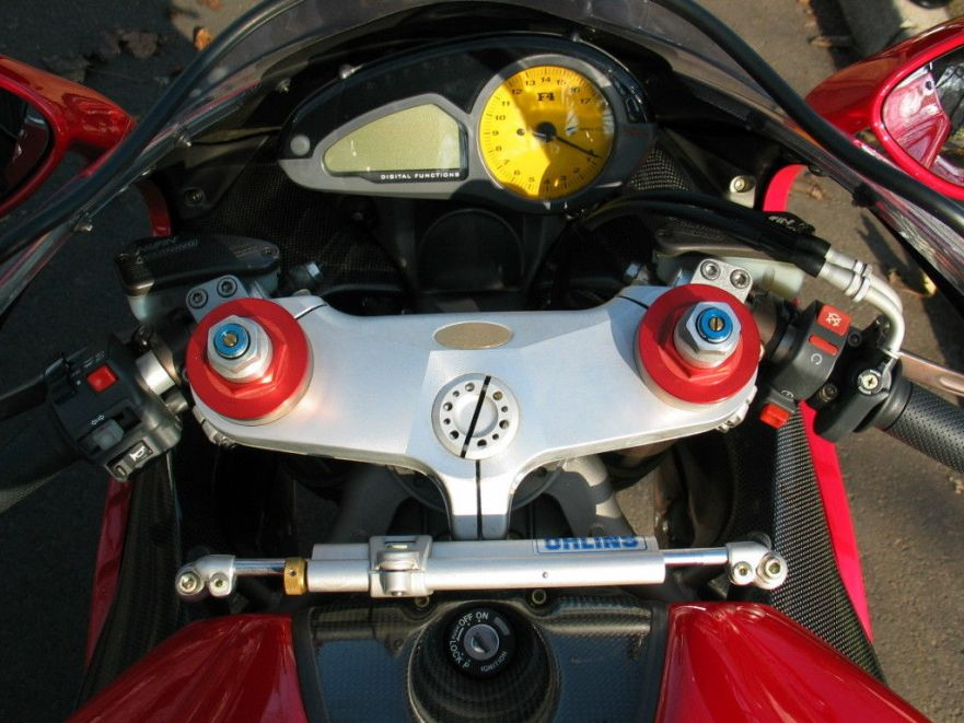 MV Agusta F4 Serie Oro - Cockpit