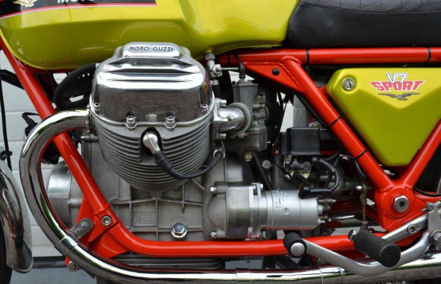 Moto Guzzi V7 Sport Telaio Rosso - Engine