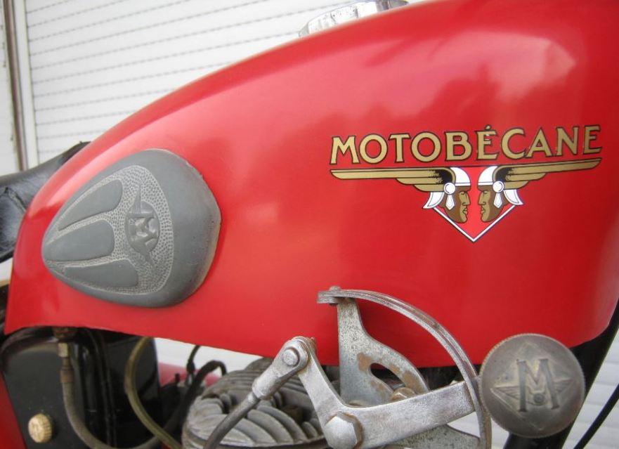Motobecane 125SV - Tank