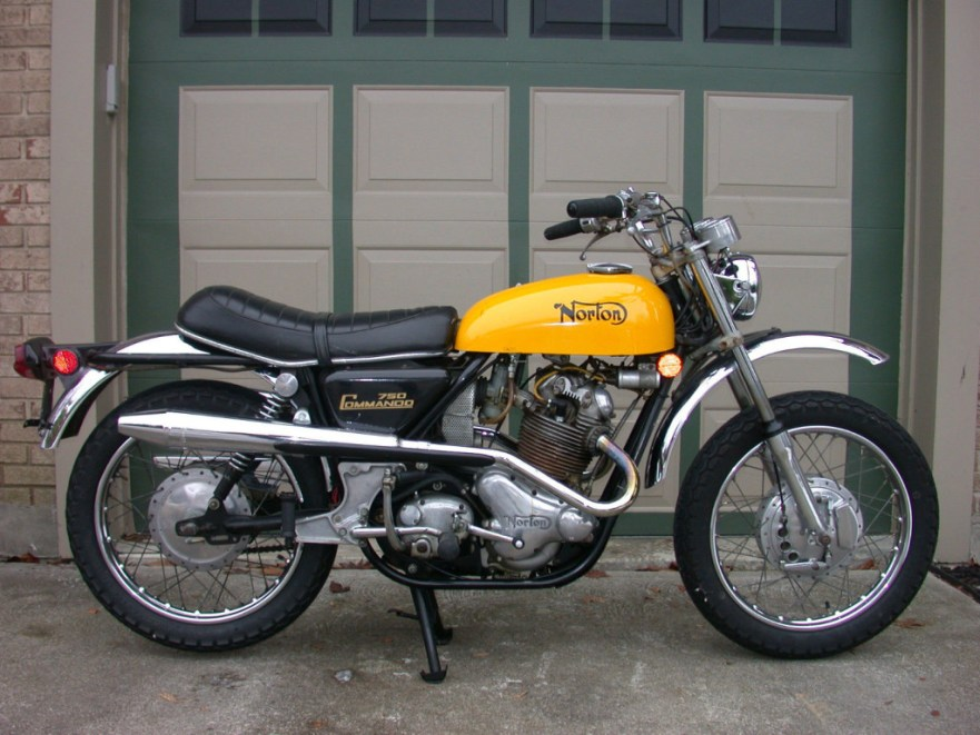 Norton Commando SS - Right Side