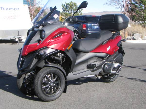 3 wheeler 2009 piaggio mp3 500 bike urious. Black Bedroom Furniture Sets. Home Design Ideas