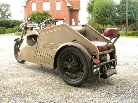 Poirier Voiturette - Rear Left