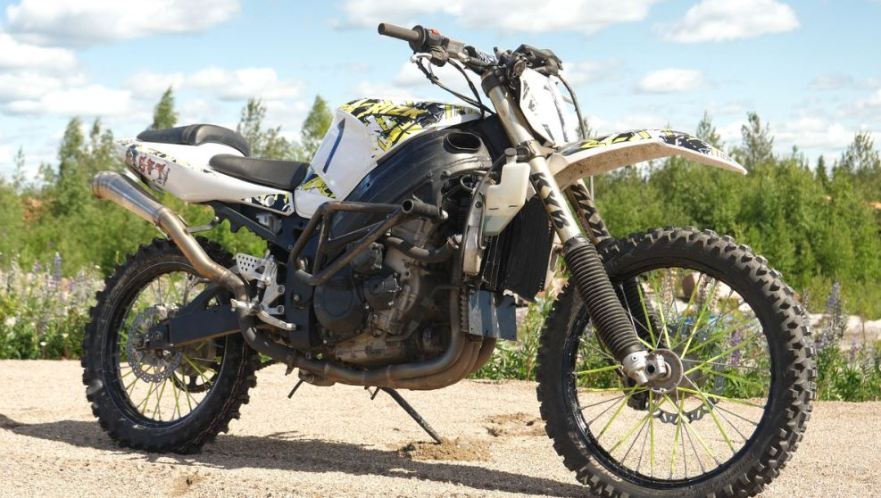 "162 Horsepower ""Dirt"" Bike – Suzuki GSX-R 1000 Custom – Bike"