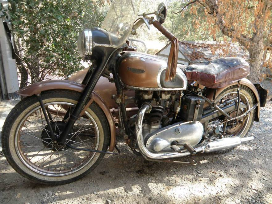 Needs Some Work – 1949 Triumph 5T Speed Twin with Sidecar – Bike-urious