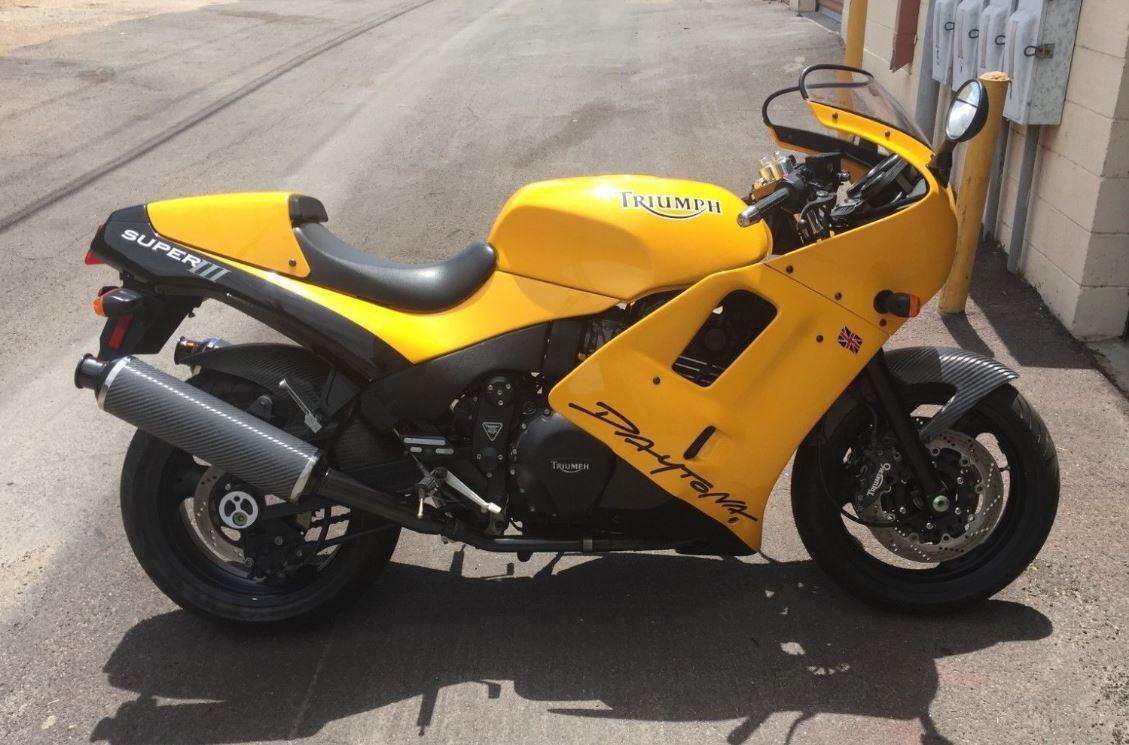 No Reserve - 1995 Triumph Daytona Super III