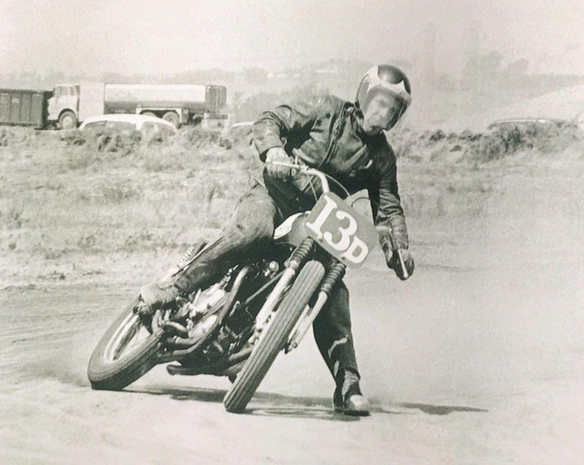 Period Racer - 1961 Triumph T120C