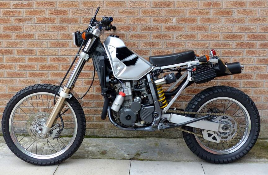 In England – A True Naked 2001 Suzuki DRZ400   Bike-urious