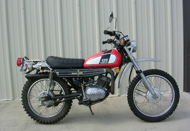 just ride it 1975 yamaha dt125 bike urious. Black Bedroom Furniture Sets. Home Design Ideas