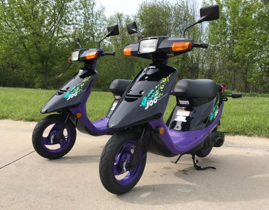 Splinternye His and Hers – Pair of Yamaha Jog Scooters – Bike-urious FM-15