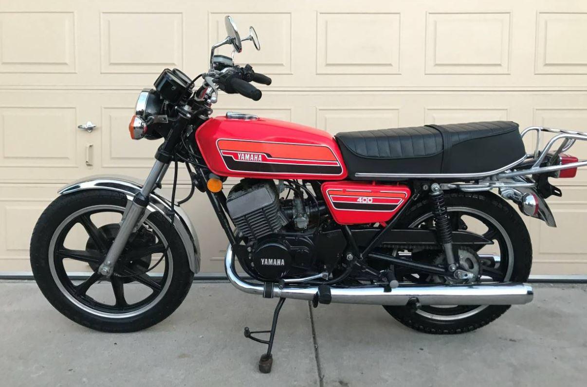 1976 Yamaha RD400 – Bike-urious