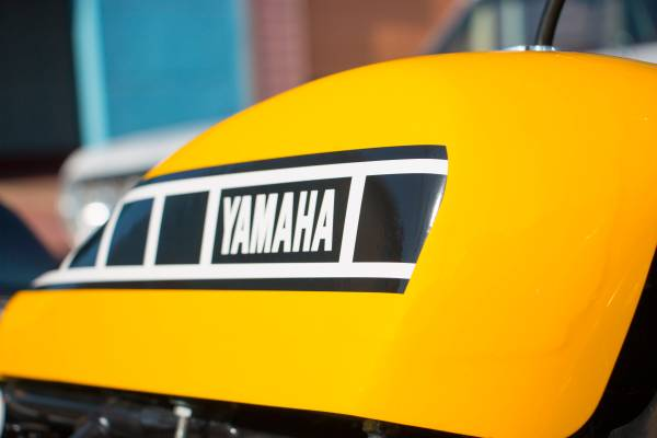 Yamaha RD400 Street Tracker - Tank