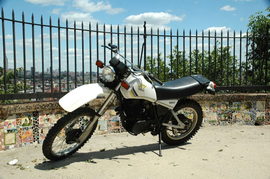 1983 Yamaha XT550 – Bike-urious