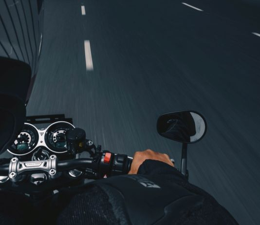 How fast do 50cc and 125cc scooters go?