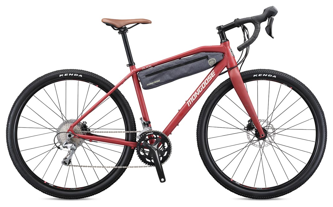 Cestovatelský gravel bike - Mongoose Guide