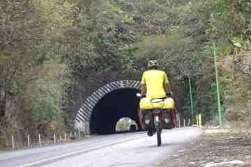 bicycle-touring-el-salvador
