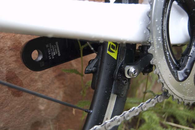 All Solace models have direct-mount rear brakes under the chain stays.