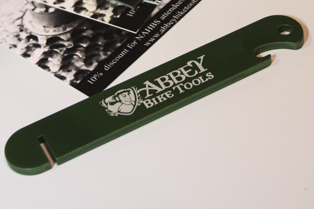 Abbey Tools was hyping its new Stu Stick, an aluminum rotor truing tool that's one-third the weight of its heavier steel counterparts. The light weight and rounded edges (ideal when tossed in next to a loose tube) make ideal for MTBers' hydration packs.