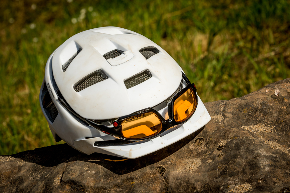 Review Smith Forefront Mips Bike Magazine