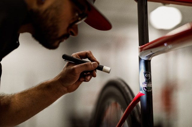 The Pro's Closet Used bike carbon inspection