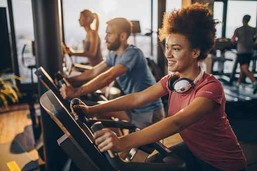 7 Great Benefits of a Stationary Bike Workout