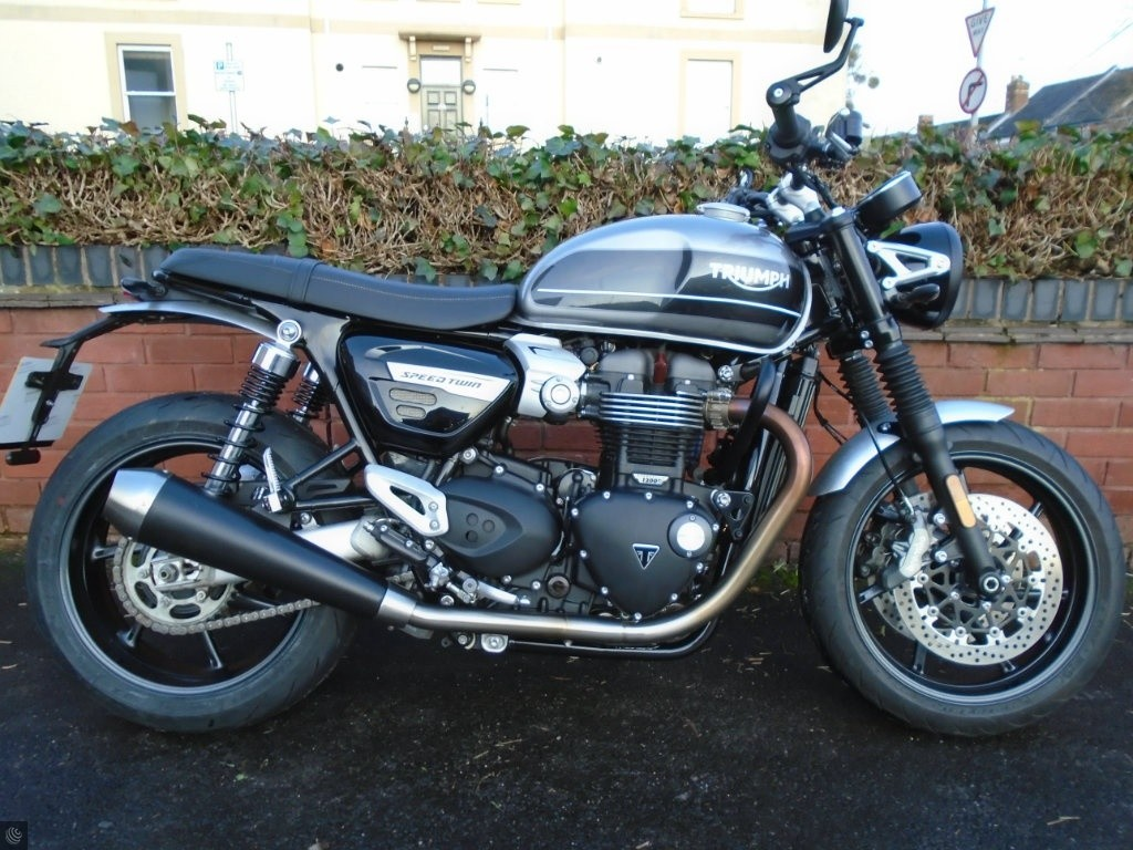 TRIUMPH SPEED TWIN for sale in Cheltenham. Gloucestershire